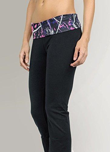 Muddy Girl Camo Yoga Pants (L)