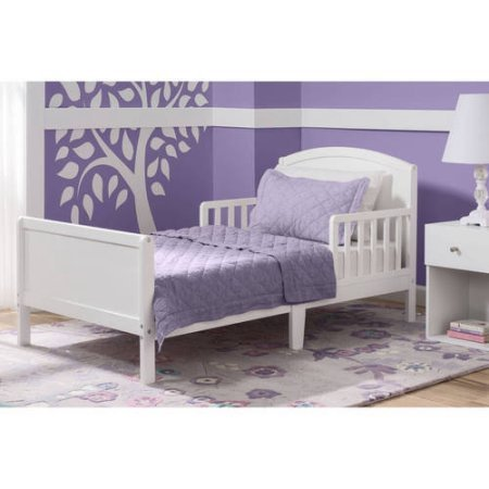 Delta Children Archer Toddler Bed, Bianca by Delta