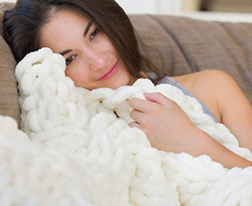 Chunky Knit Luxury Throw Blanket (50 x 60 inches) Large Cable Knitted Premium Soft Cozy Polyester Chenille Bulky Blankets for Cuddling up in Bed, on the Couch or Sofa (Ivory ()