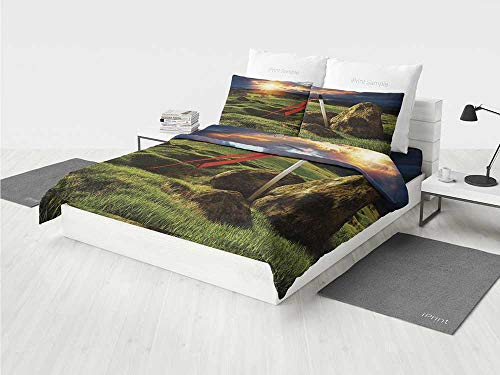 - King Disney Princess Bedding Set Arthur Camelot Legend Myth in England Ireland Fields Invincible Sword Image Printing Four Pieces of Bedding Set Green Blue and Red