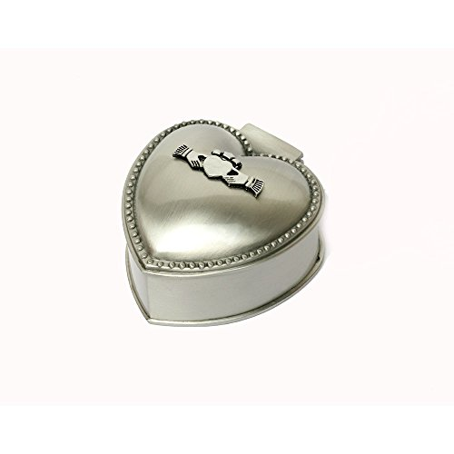 Mullingar Pewter Ring Box With Claddagh ()