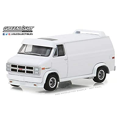 Greenlight 1: 64 1983 GMC Vandura Custom - White, Authentic Decoration, Metal Chassis, True-to-Scale Detail, Limited Edition, (29939): Toys & Games
