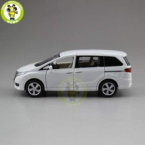 1/32 Honda Odyssey MPV Diecast Metal Model CAR Toys for Kids Children Sound Lighting Pull Back Gifts Collection Hobby White from GENERIC