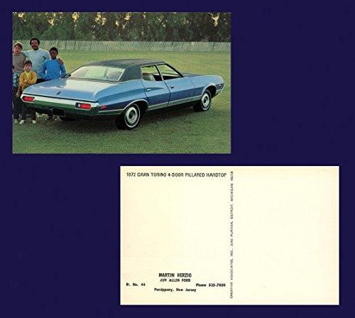 (1972 FORD GRAN TORINO 4-DOOR PILLARED HARDTOP VINTAGE FACTORY COLOR POSTCARD - USA - FANTASTIC ORIGINAL POST CARD !!)