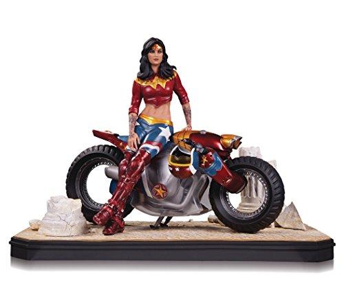DC Collectibles Gotham City Garage: Wonder Woman Statue