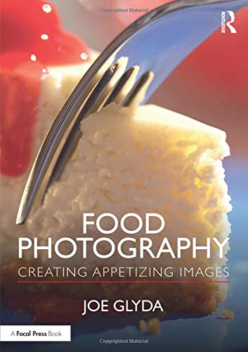 As a food photographer for 40 years, Joe Glyda has shot everything from appetizers to entrées to desserts. In Food Photography, author Glyda brings his experience as a teacher and professional photographer to the page, instructing photographers how t...