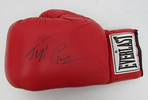 Jeff Fenech Signed Everlast Boxing Glove Australia R88836 - JSA Certified - Autographed Boxing Gloves