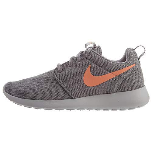 Nike Women s Roshe One Trainers