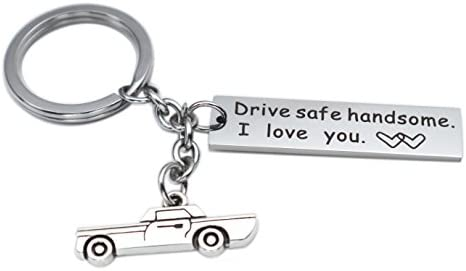Amazon.com: Drive Safe - Llavero con texto en inglés «Drive ...