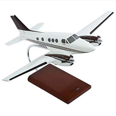Mastercraft Collections C-90 King Air Model Scale: 1/32