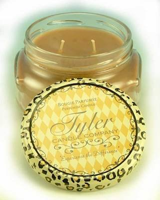 Tyler Candle 11 oz Cookie product image