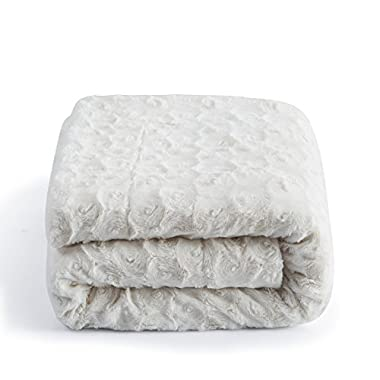 DaDa Bedding Luxury White Roses Faux Fur with Sherpa Fleece Throw Blanket - Super Soft Warm Plush Luxe Solid Toss - 63  x 87