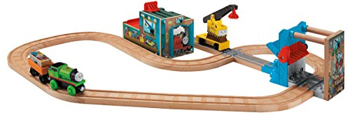 Fisher-Price Thomas & Friends Wooden Railway, Reg and Percy at The Scrapyard (& Friends Scrap Yard Thomas)