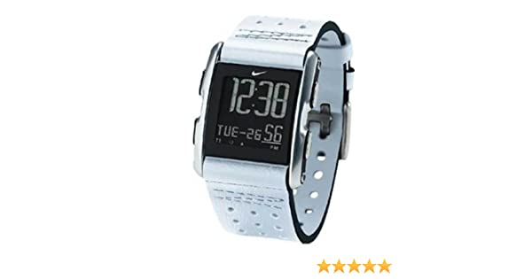 Amazon.com: Nike Torque LI Analog Watch - White/Black - WC0065-109: Watches