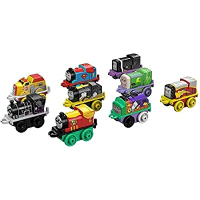 Fisher-Price Thomas & Friends MINIS, DC Super Friends #1 (9-Pack): Toys & Games