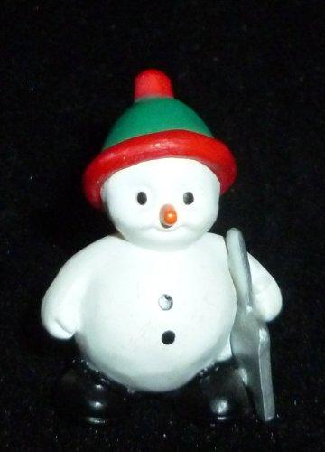 (Hallmark Merry Miniature Christmas Snowman Let It Snow Figurine)