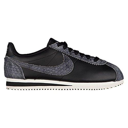 (ナイキ) Nike レディース ランニング?ウォーキング シューズ?靴 Classic Cortez [並行輸入品]