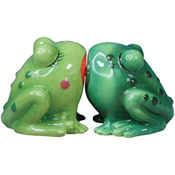 Westland Giftware Mwah Magnetic Frogs Salt and Pepper Shaker Set, 2-Inch