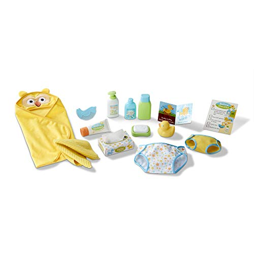Melissa & Doug Mine to Love Changing & Bath Time Play Set for Dolls - Diapers, Pretend Shampoo, Wipes, Towel, More (19 Pcs)