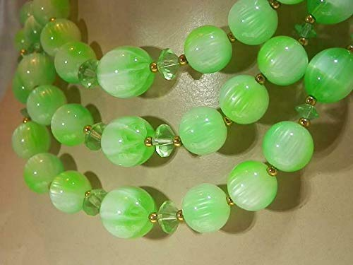 Wow Lisner Signed Green Moonglow Crystal 3 Strand Vintage 60's Necklace