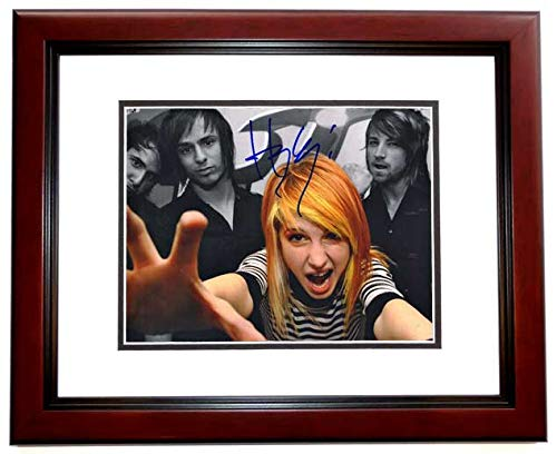 Hayley Williams Signed - Autographed Paramore Singer 8x10 inch Photo MAHOGANY CUSTOM FRAME]()