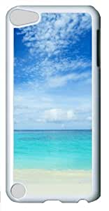 Blue sea and white sand Polycarbonate Hard Case Cover for Apple iPod 5/iPod Touch 5 White