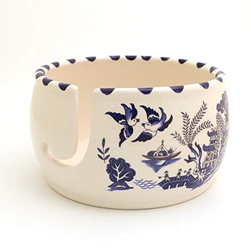 Blue Willow Yarn Bowl, Chinoiserie ()
