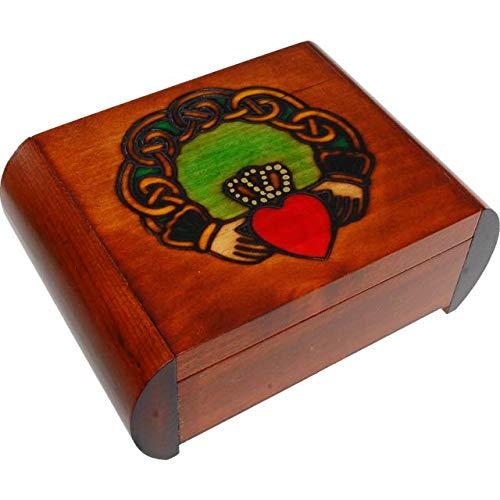Enchanted World of Boxes Claddagh Secret Box - ()