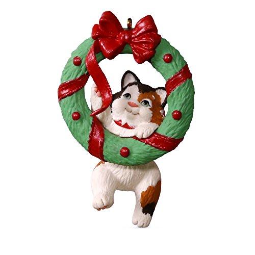 Hallmark Mischievous Kittens #19 Wreath Keepsake Christmas Ornaments