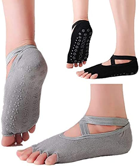 Amazon Com Yoga Socks For Women Non Slip Grips Straps Perfect For Yoga Pilates Ballet Workout Urban Fit Makes It Right Color Black Grey Black Grey 2 Clothing
