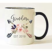 Grandma Est 2019 Mug Pregnancy Announcement 2019 New Grandma Mug