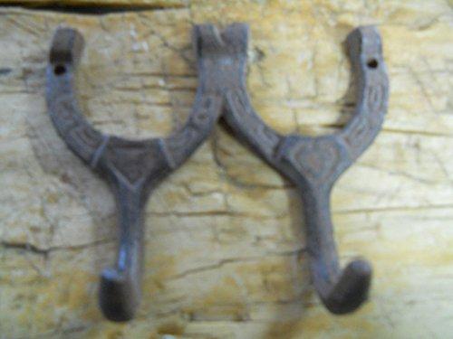 6 Cast Iron HORSESHOE Coat Hooks Hat Hook