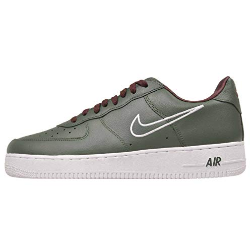Nike Men's Air Force 1 Low Retro, Deep Forest/White-Dorado, 12 M US ()