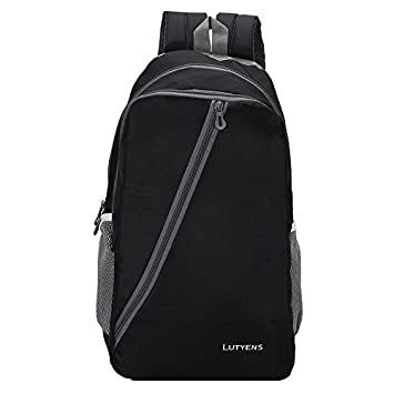 e8cf9c390e Lutyens Polyester 21 Ltr Black   Grey School Bag  Amazon.in  Bags ...
