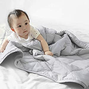TILLYOU Ultra Soft Microfiber Toddler Quilt- Comfy Multi-Use Baby Quilted Blanket – 39″ x 47″ Crib Comforter for Boys Girls-Grey