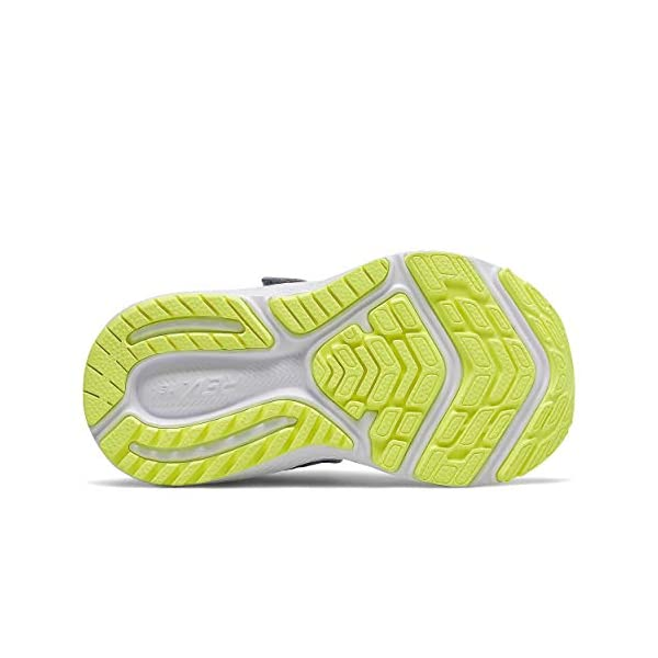 Closure Running Shoe