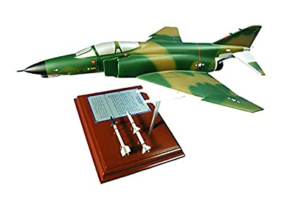 Mastercraft Collection Planes and Weapons Series McDonnell Douglas F-4E Phantom II Jet Airplane Plane Model Scale:1/60