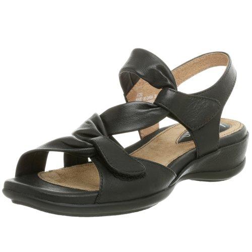 Clarks Women's Lucena Sandal,Black,5 M