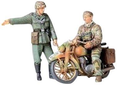 Tamiya 1/35 Military Miniature Series No.241 German Army military motorcycle field messenger set plastic model - Motorcycles German Army
