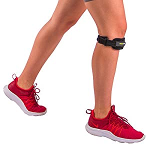 BraceAbility Patella Strap | Adjustable Knee Band for Runners / Jumpers Knee, Patellar Tendonitis, Osgood Schlatter & Chondromalacia Pain Relief, Basketball, Hiking, Soccer, Volleyball (Medium)
