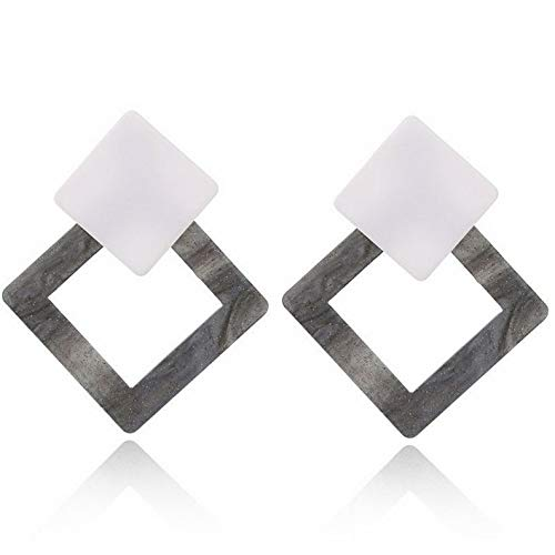 Tomikko 1 Pair Geometric Vintage Acrylic Triangle Stud Earrings for Women Jewelry Gift | Model ERRNGS - 8240 | ()