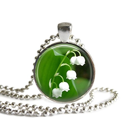 (Lily of the Valley Necklace,Jewellery Pendants,Glass Round Silver Pendant,Art Photo Jewelry,Glass necklace,)