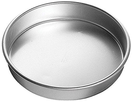 Large Wedding Cake (Wilton Aluminum Round Cake Pan, 14 x 3-Inch)