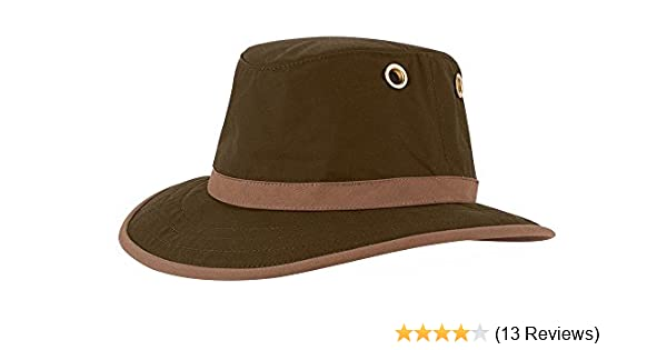 3b5161beb98 Tilley Hats TWC7 Men s Outback Waxed Cotton Hat at Amazon Men s Clothing  store