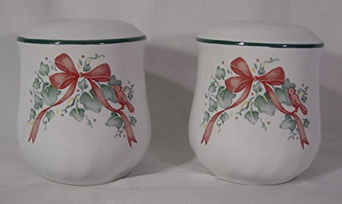 Corelle Coordinates Callaway Holiday Salt and Pepper Shakers