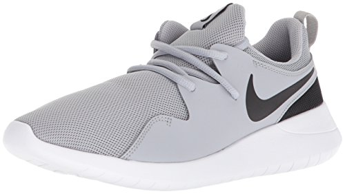 Nike Boys' Tessen (GS) Running Shoe, Wolf Grey/Black-White, 7Y Youth US Big Kid (Boys Nike Free Running Shoes)