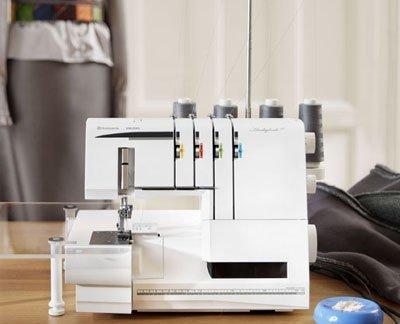 Husqvarna Viking Huskylock 905 Sewing Machine