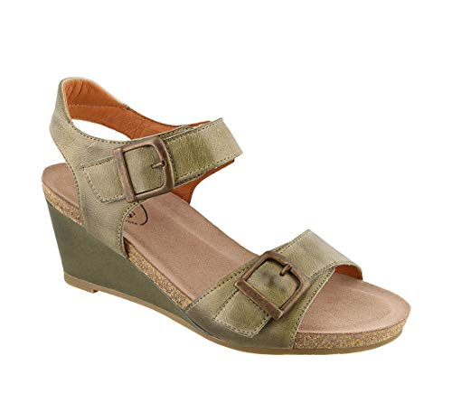 Taos Footwear Women's Buckle Up Herb Green Sandal 7-7.5 M US ()