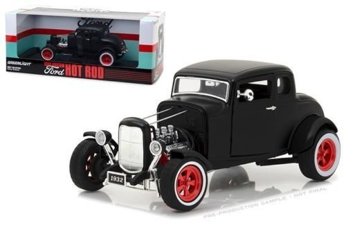 NEW 1:18 GREENLIGHT HOLLYWOOD COLLECTION - 1932 Custom Ford Hot Rod (Matte Black with Red 5-Spoke Wheels & Whitewall Tires) Diecast Model Car By Greenlight