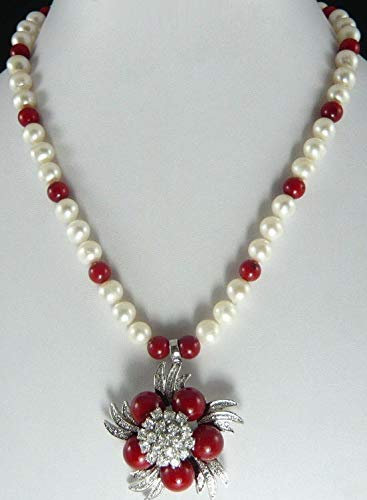 (FidgetKute White Pearl Red Coral Color Shell Pearl Silver Crystal Flower Pendant Necklace)